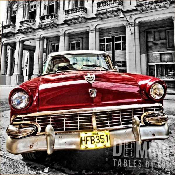 T044 Cuban Antique Car